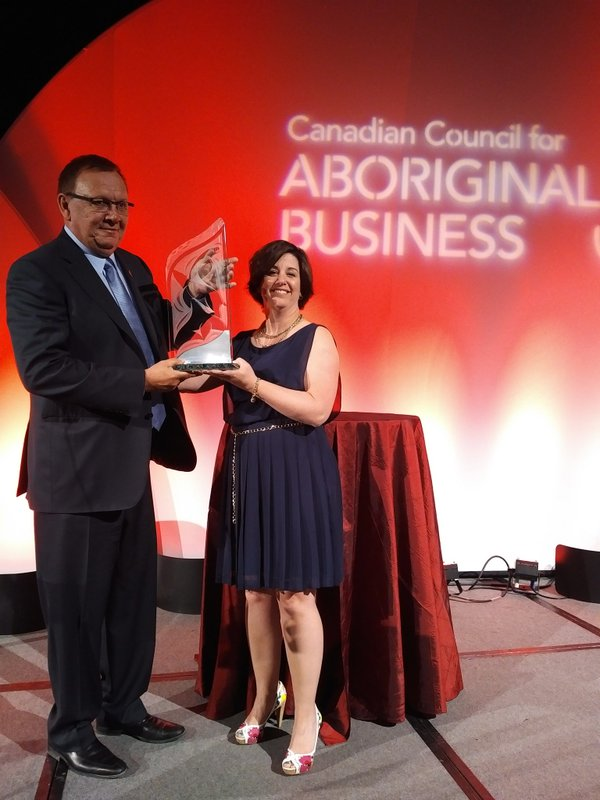 Chief Roy Whitney, Tsuut'ina Nation, winner, 2016 Aboriginal Economic Development Corporation Award Katherine Power, Vice President, Aboriginal Affairs, Sodexo Canada - Lead Event Sponsor, Founder and Exclusive Sponsor of the Aboriginal Economic Development Corporation Award. Photo by Tyanne Meguinis